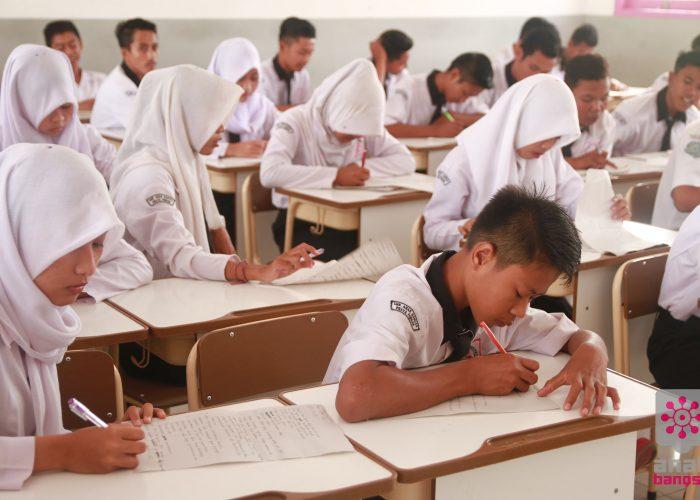 anak-bangsa-gratis-onderwijs-03